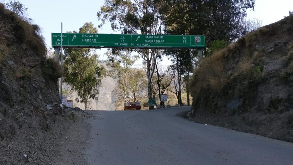 Drive to Nohradhar, Churdhar Trek