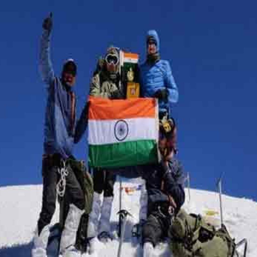 ITBP mountaineers climb 22,222 ft high Leo Pargil peak